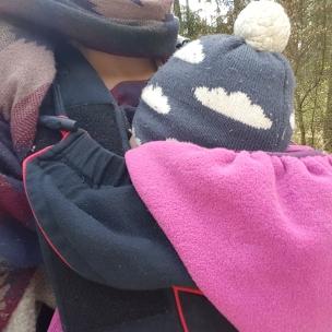 Unseren 6 Kilometer langen Oster-Spaziergang hat die Kleinste verpennt.